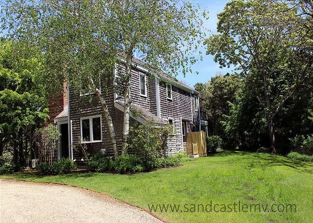 Lovely in-town Edgartown Home - Image 1 - Edgartown - rentals