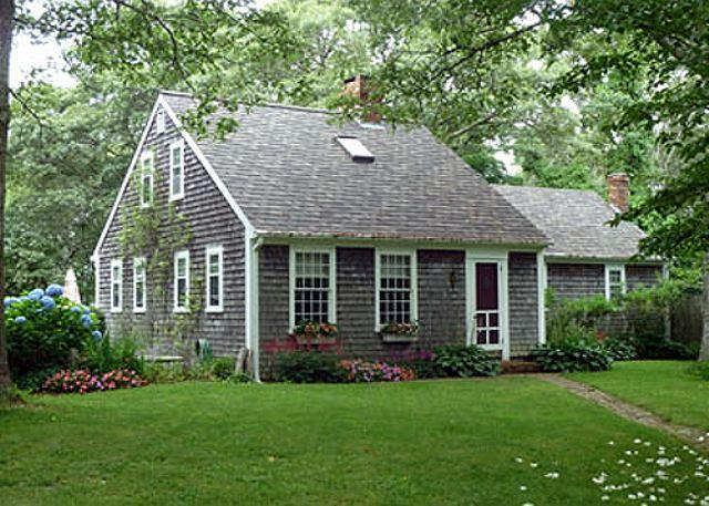 ENJOY BEAUTIFUL WATERVIEWS FROM THIS CHARMING VINEYARD HOME - Image 1 - West Tisbury - rentals