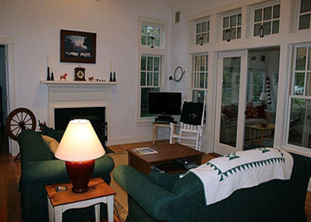 Situated in an open meadow, with summer breezes. - Image 1 - Edgartown - rentals
