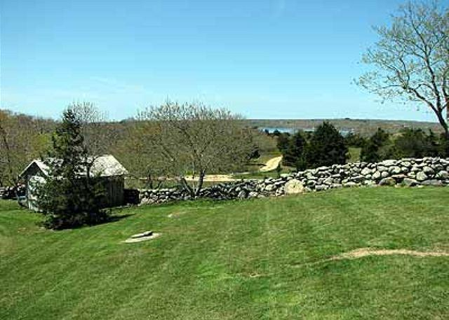 THE ESSENCE OF THE ISLAND WIITH ASSOCIATION BEACH - Image 1 - Chilmark - rentals