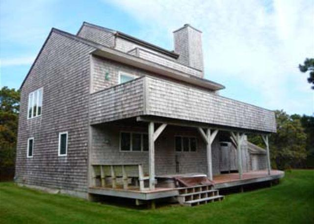 KATAMA CONTEMPORARY JUST A SHORT BIKE RIDE TO SOUTH BEACH - Image 1 - Edgartown - rentals
