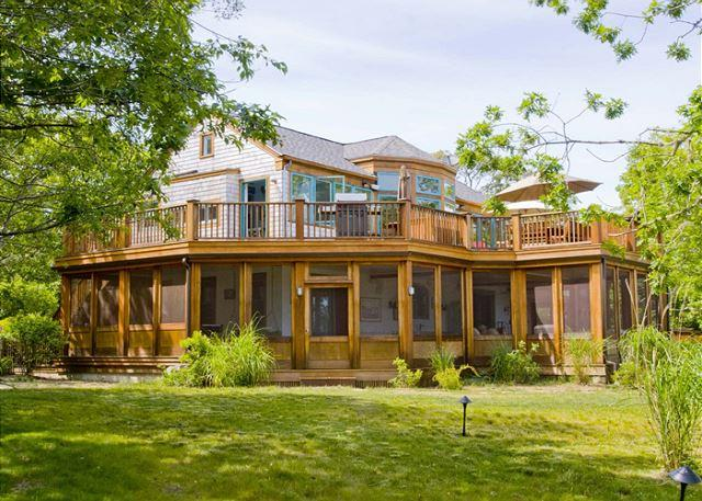 A PIECE OF HEAVEN WITH DISTANT PANORAMIC VIEWS OF ATLANTIC - Image 1 - Chappaquiddick - rentals