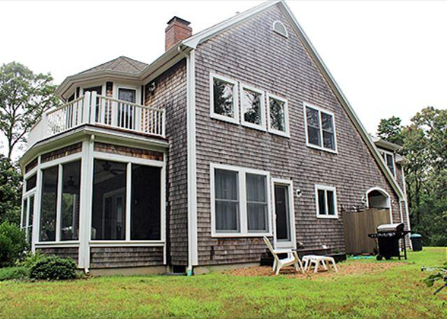 Beautiful Four Bedroom Home with Central Air Conditioning - Image 1 - Oak Bluffs - rentals