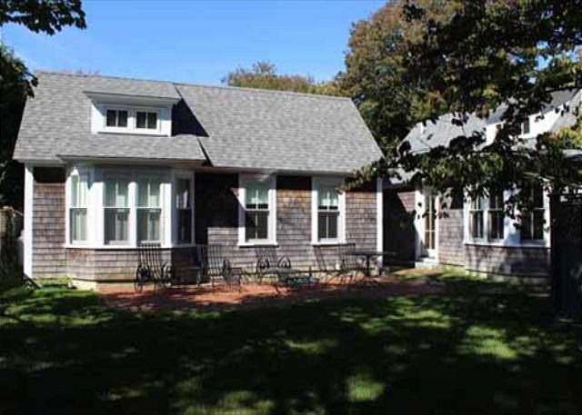 Lovely House and Two Guest Cottages In-town Edgartown - Image 1 - Edgartown - rentals
