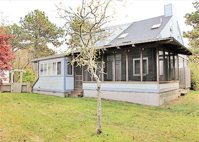 BEAUTIFUL VINEYARD HOME WITH LOVELY SCREENED IN PORCH - Image 1 - Edgartown - rentals