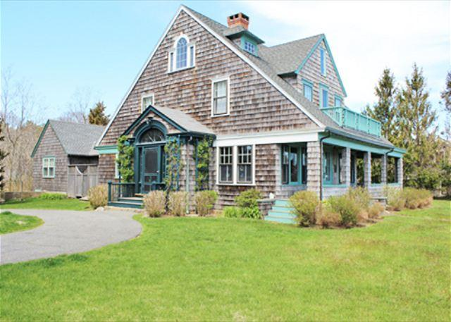 CHARMING,WATERFRONT VINEYARD CLASSIC w/COVERED PORCH - Image 1 - Vineyard Haven - rentals