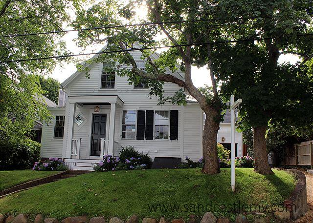 Newly Renovated In-town Edgartown Home - Image 1 - Edgartown - rentals