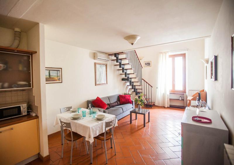 apt B - 1 Bedroom Apt.B at San Frediano - Florence - rentals