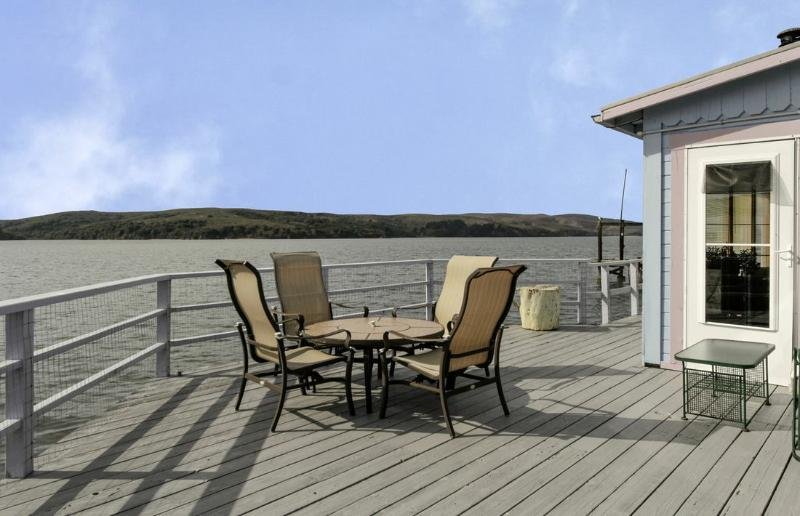 Charming Home on Tomales Bay at Spectacular Pt Rey - Image 1 - Marshall - rentals