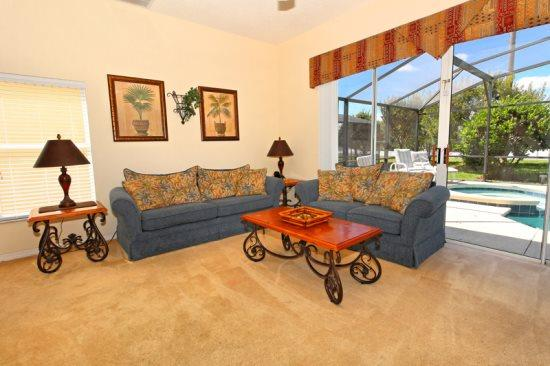 Lovely 5 Bedroom 3.5 Bathroom Resort Home. 1915MSD - Image 1 - Orlando - rentals