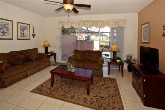 3 Bed 3 Bath Town Home with Splash Pool In Windsor Palms. 2323SPD - Image 1 - Orlando - rentals