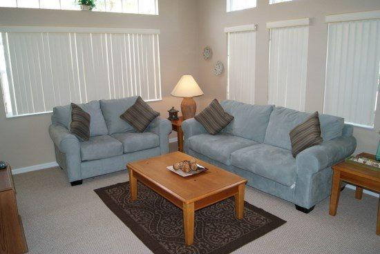 4 Bed 3 Bath Townhome With Clubhouse Pool Right Outside. 917PTC - Image 1 - Orlando - rentals