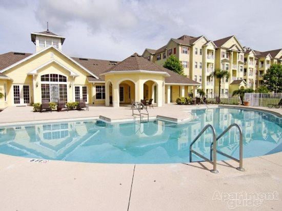 Gorgeous 3 Bed 3 Bath Condo in Resort Community 4 miles from Disney. 5265CIL-202 - Image 1 - Orlando - rentals