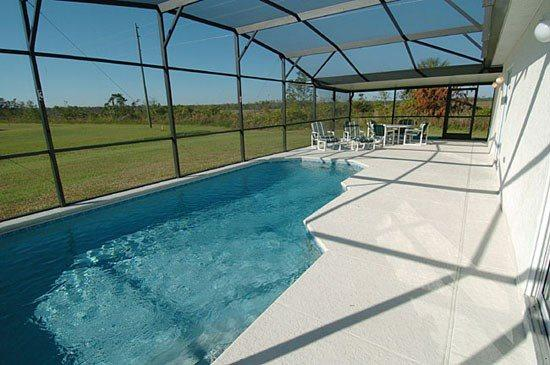 3 Bedroom Pool Home in Kissimmee. 2411PC. - Image 1 - Orlando - rentals