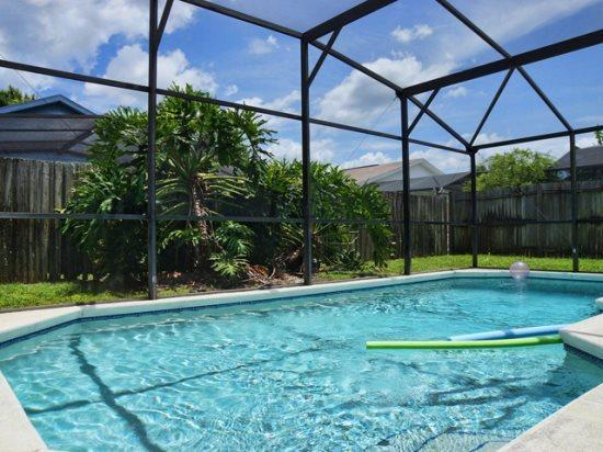 3 Bed 2 Bath Pool Home in Quiet Community Near Disney. 1644OHT - Image 1 - Orlando - rentals