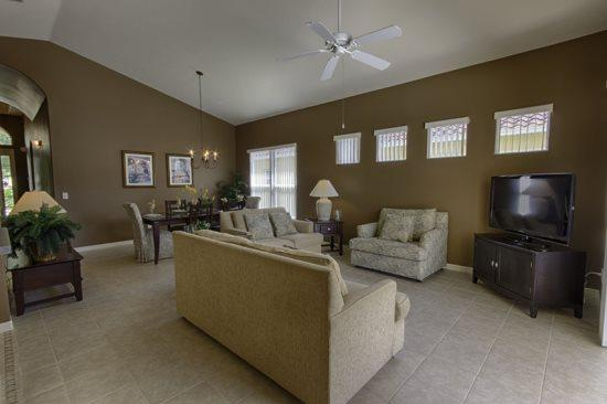 4 Bedroom 3 Bathroom Pool Home in Gated Tuscan Hills. 1048THB - Image 1 - Orlando - rentals