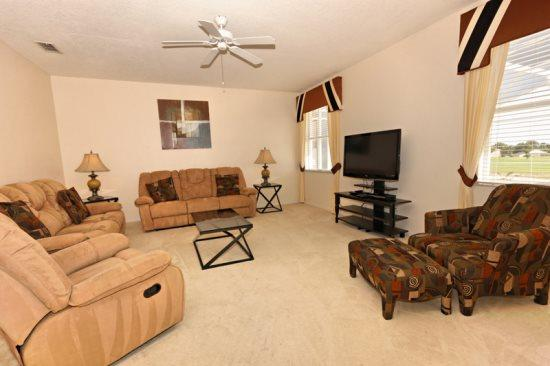 4 Bed 3 Bath Pool Home With South Facing Pool & Spa. 440BON. - Image 1 - Orlando - rentals