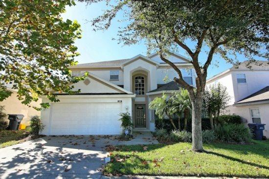 5 Bedroom 3 Bathroom Home With Pool & Spa. 450BON. - Image 1 - Orlando - rentals
