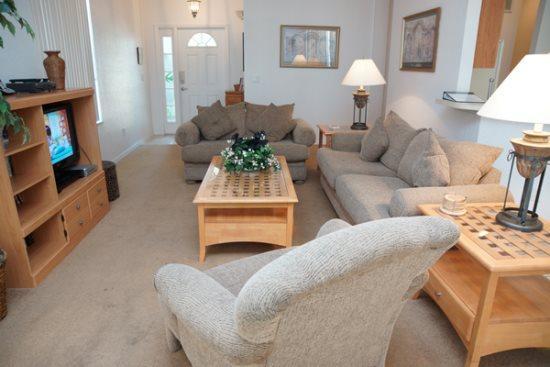 4 Bedroom Pool Home In Golf Community. 835BIRK - Image 1 - Orlando - rentals