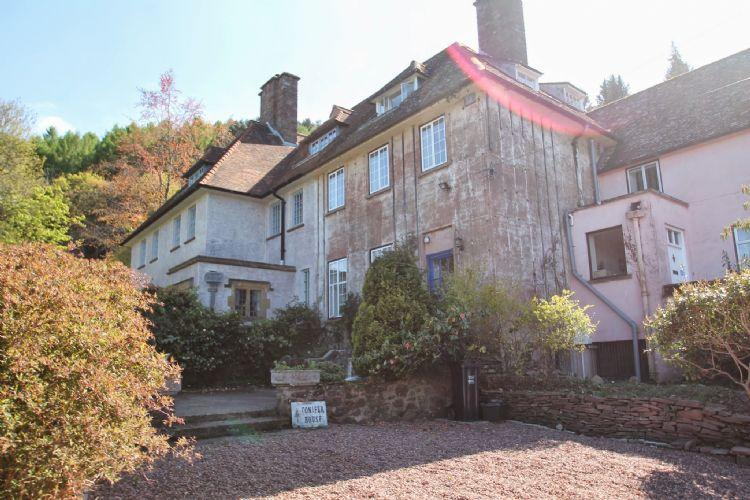 Conifer House, West Porlock - Large country residence with coast views, ideal base for walking - Image 1 - Porlock Weir - rentals