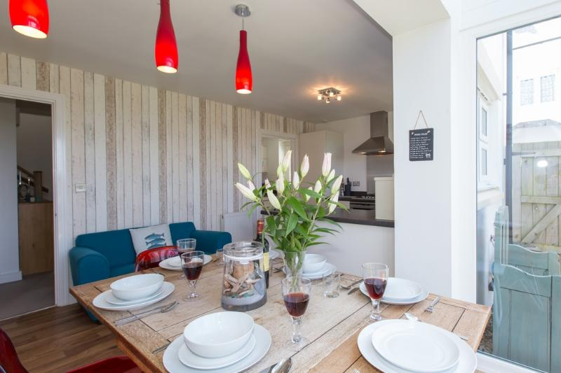 Muritai located in Padstow, Cornwall - Image 1 - Padstow - rentals