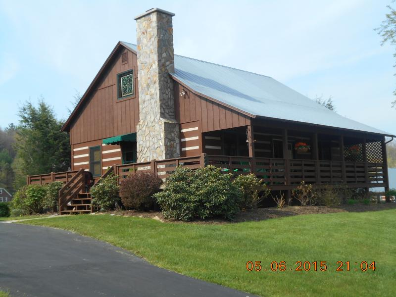 Inn Mountain Heaven - Image 1 - Boone - rentals