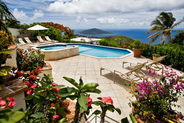 Set on a breezy knoll, a couple minutes' drive from Magens Bay Beach. MA GAR - Image 1 - Magens Bay - rentals