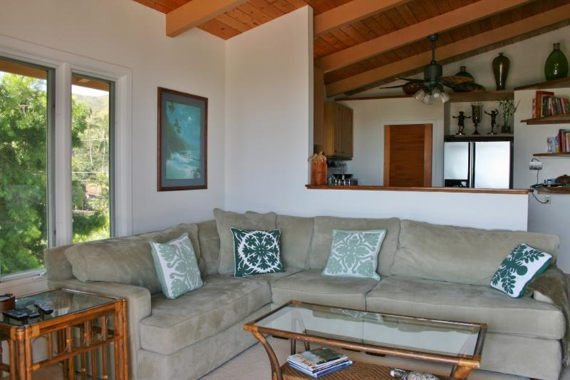 Cozy Large 1bdrm 1bath aprt With Sweeping Views - Image 1 - Kailua - rentals