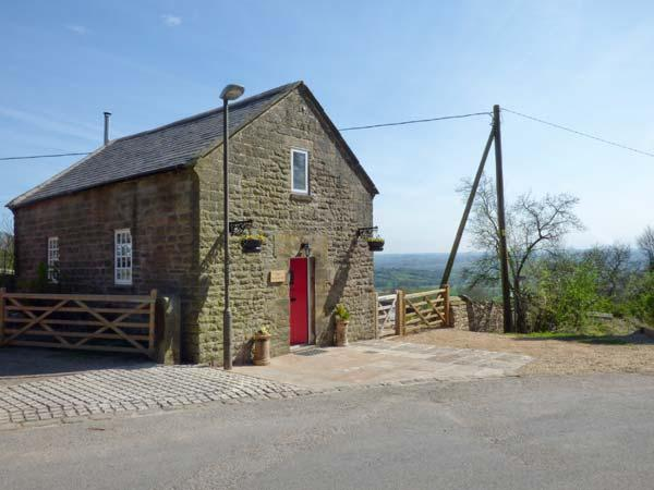 THE OLD CHAPEL, WiFi, romantic en-suite bedroom, woodburning stove, enclosed patio, in Chrich, Ref 924332 - Image 1 - Lea - rentals