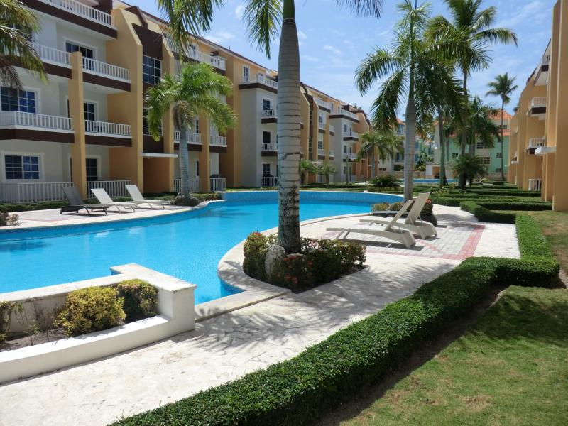 Great pool view from balcony!!! - Estrella del Mar 2BR end unit private - Bavaro - rentals