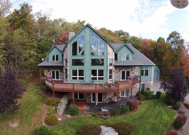 Exterior - Breathtaking 4 Bedroom Mountain Chalet offers Luxury Living! - McHenry - rentals