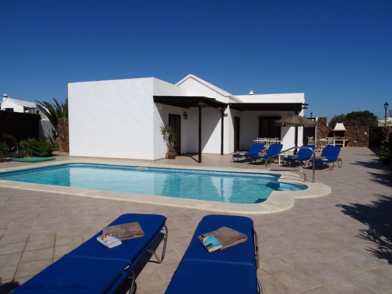 Casa Satis - Image 1 - Lanzarote - rentals