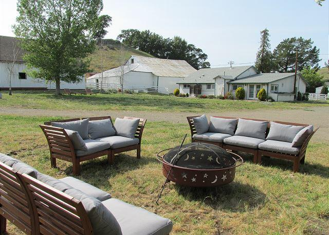 Quiet 4 Cottage Countryside Lodging - Image 1 - Petaluma - rentals