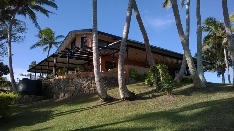 Villa Lomalagi known as The House with a Million Dollar View. - HEAVENSDOOR|FIJI - Million Dollar View - Sigatoka - rentals