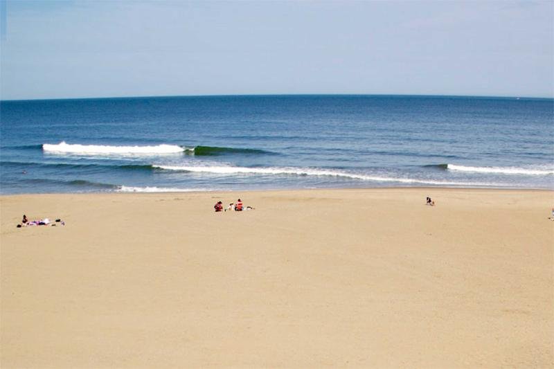 OCEANFRONT Condo 304 Beach/Ocean Views Oceans II - Image 1 - Virginia Beach - rentals