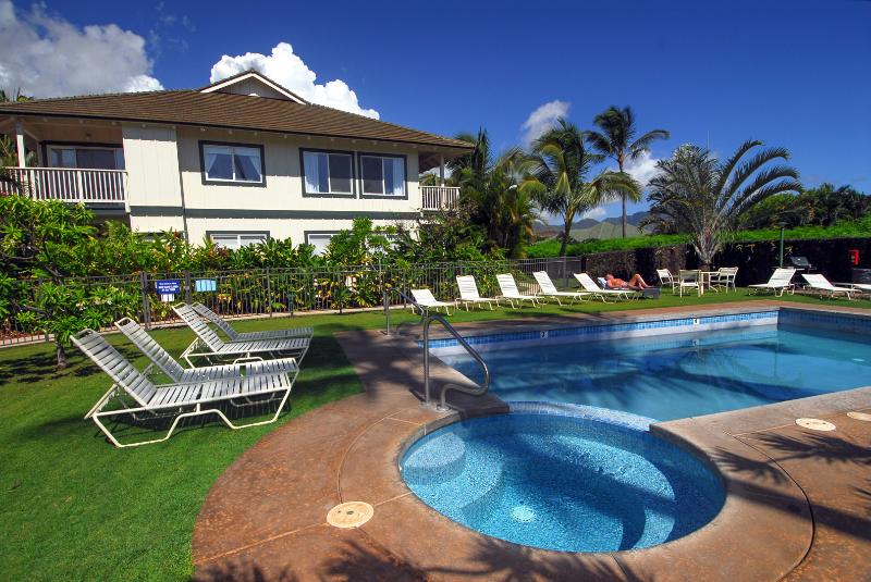 Pool, heated spa for guests - Regency at Poipu Kai - Poipu - rentals