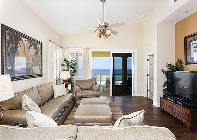 Spacious bright living room has ocean views and HDTV - 661 Cinnamon Beach, 6th Floor Penthouse, Huge Corner Unit, HDTVs, Wifi - Palm Coast - rentals