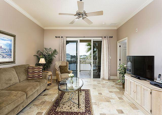 Take a load off in Cinnamon Beach House 933! - Cinnamon Beach 933, Cool Tile Floors, New HDTV, 3rd Floor, Wifi, heated pools - Palm Coast - rentals