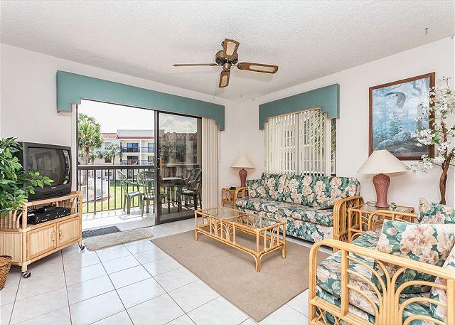 Feel right at home in our beach cottage living room! - Ocean Village Club J21, 2nd Floor, Lanai, 2 pools - Saint Augustine - rentals