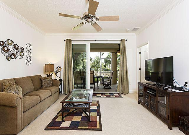 Savor the spaciousness of Tidelands 2114 - Tidelands 2114, New Furniture, Sleeps 7, Wifi, 2 pools, spas, gym - Palm Coast - rentals