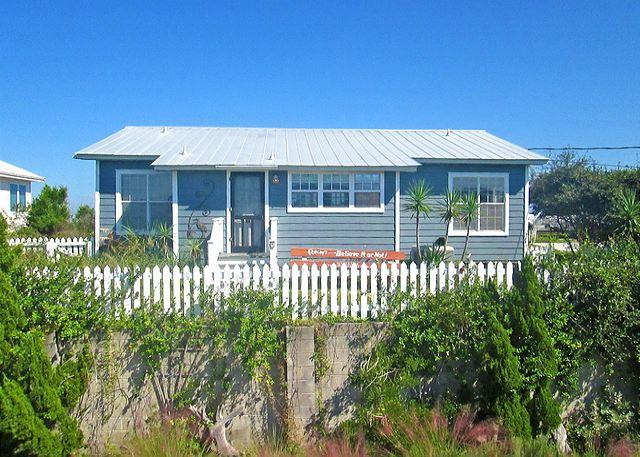 Welcome to Crescent Cottage! - Crescent Cottage in St Augustine Beach, 4 bedrooms, Direct Ocean Front, HDTV - Saint Augustine - rentals
