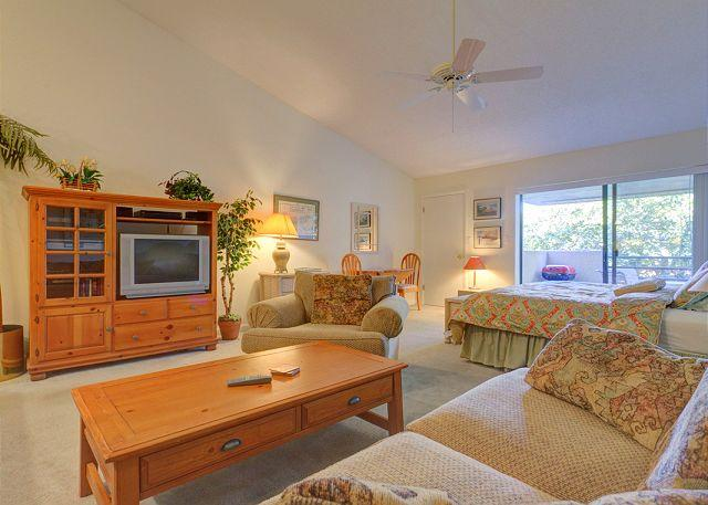 Our studio condo packs tons of amenities into a little space - Summer Place 671, Beach, Pool, Fully Equipped, Ponte Vedra Beach - Ponte Vedra Beach - rentals