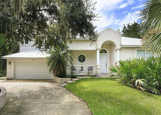Our beautifully landscaped, well appointed house. - Sweet Symphony Beach house - Saint Augustine - rentals