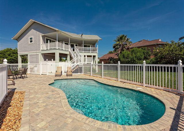 Coming to Florida to catch up on some much-missed sunshine? - Ocean Walk, 2.5 Bedrooms, Steps to the Beach, Ocean Views with new pool - Palm Coast - rentals
