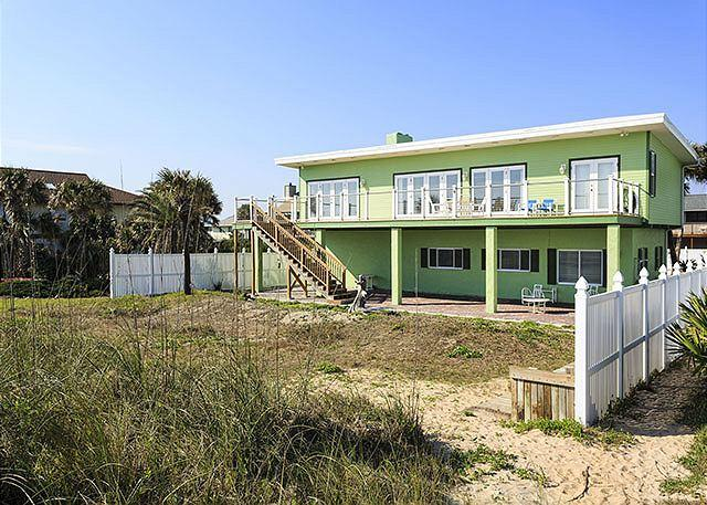 Stairway to Heaven is oceanfront and newly redecorated! - Stairway to Heaven Ocean Front, Newly Updated, HDTV, 2 kitchens and more - Palm Coast - rentals
