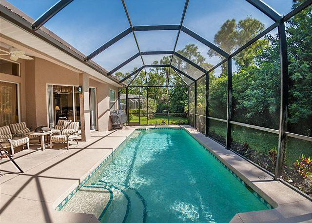 It's private, it's screened and it's heated! - Arborview, 3 Bedrooms, private pool - Venice - rentals