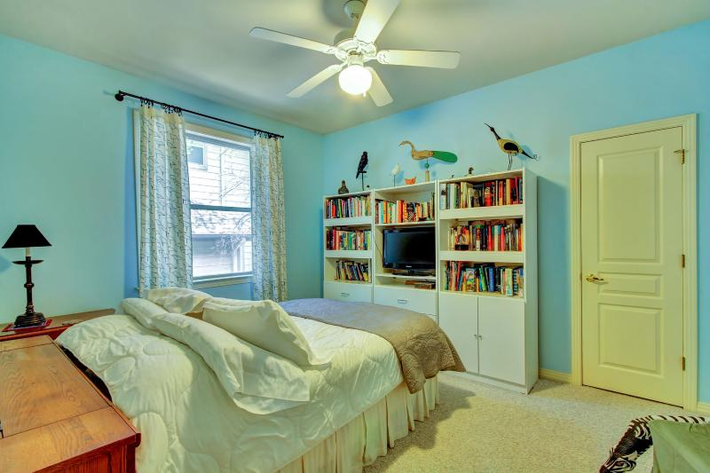 3rd Bedroom - Queen Bed -  - World - rentals