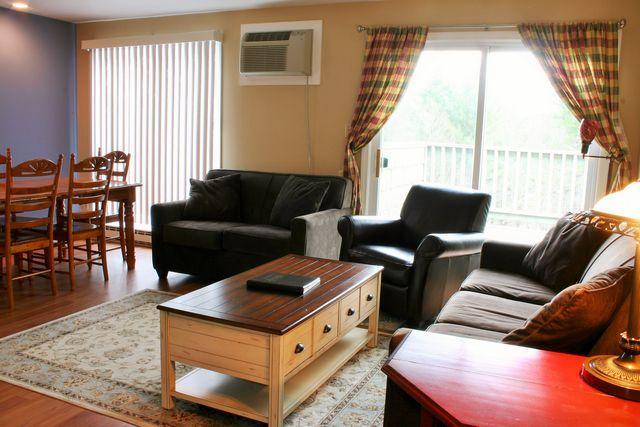 living - Mountainside Resort A-302 - Stowe - rentals