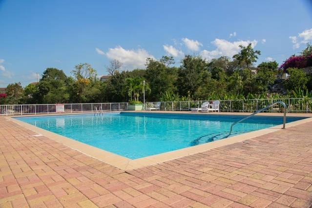 Garden 2 Bed Apt shared Pool, Degicel TEL:4566516 - Image 1 - Kingston - rentals