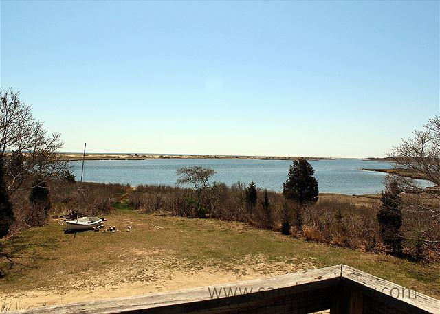 WONDERFUL, INFORMAL COTTAGE STYLE HOME WITH ECLECTIC FURNISHINGS OVERLOOKING - Image 1 - Chappaquiddick - rentals